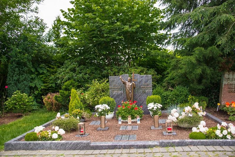 Friedhof Heiligenhaus Grabstätte