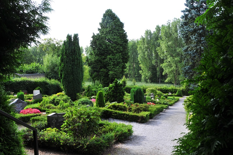 Friedhof Schöller Gräber