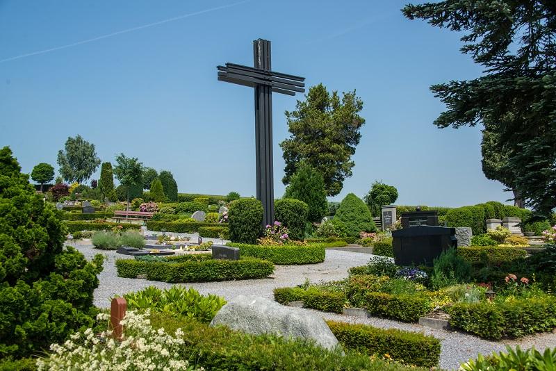 Friedhof Düssel Kreuz