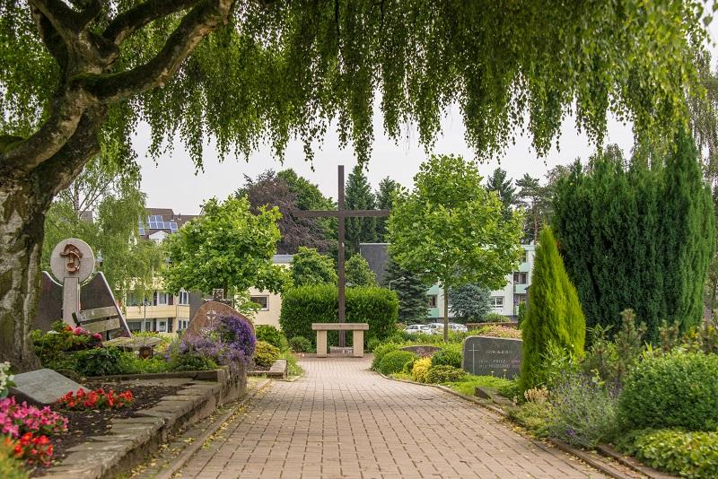Friedhof Homberg Kreuz