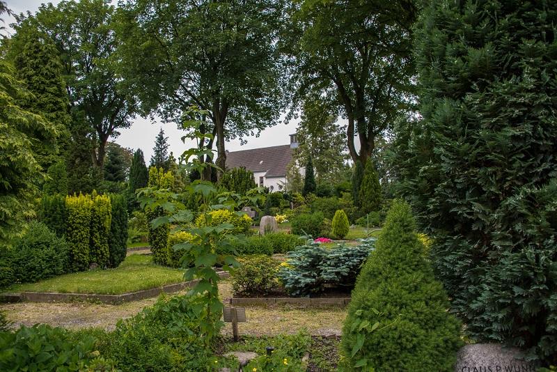Friedhof Velbert Gräber