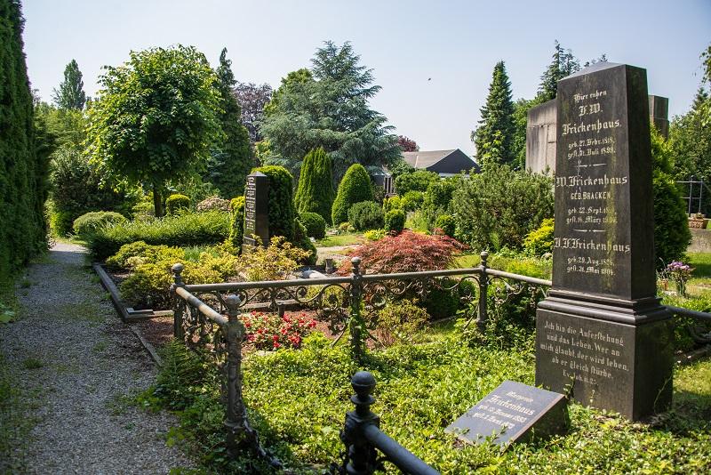 Friedhof Wülfrath Grabstein